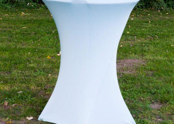 Statafel met rok licht wit huren - Partytentverhuur Nederland