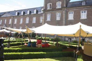 Stretchtenten huren in Dordrecht