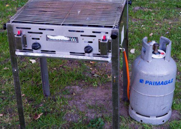 Barbecue huren - Partytentverhuur Nederland